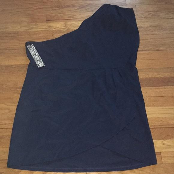 Newport News Dresses & Skirts - One shoulder dress by Newport News